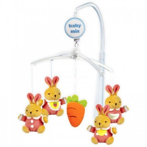 Каруселька с плюшевыми игрушками BabyMix Зайки с морковкой Арт.708